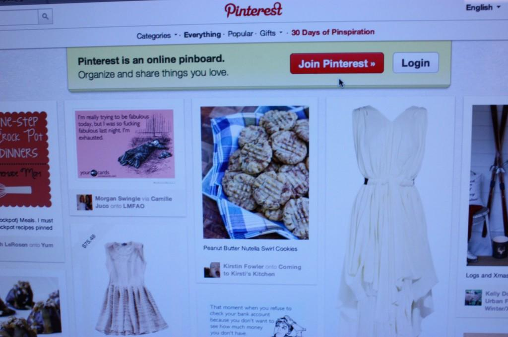 A page of photos on Pinterest