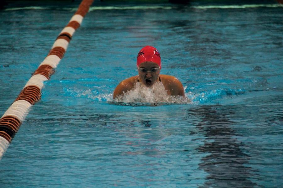 Swimmers, Diver Advance to Region Competition