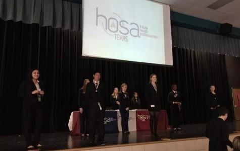 7 HOSA Students Advance to State