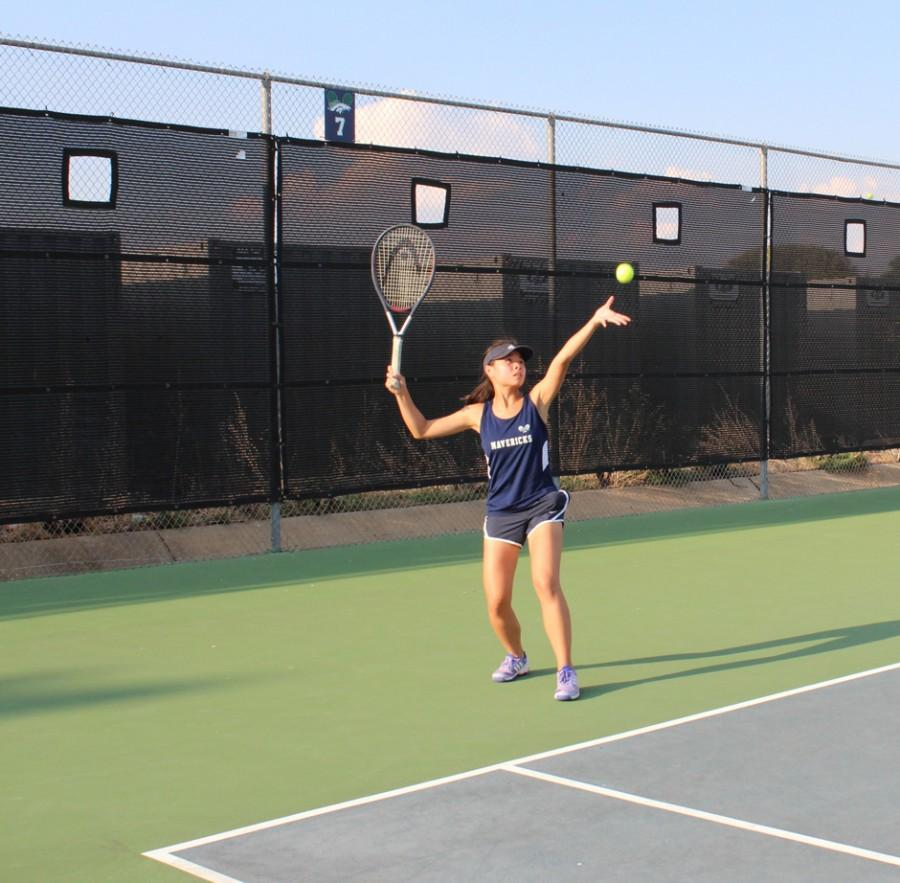 Varsity Tennis welcomes new coaches