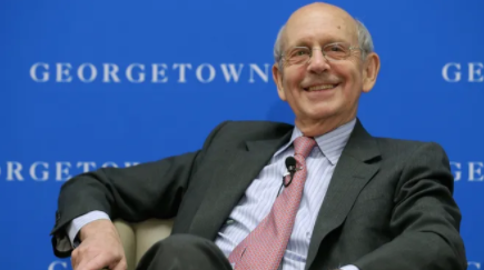 Justice Stephen Breyer answering questions at Georgetown University Law Center